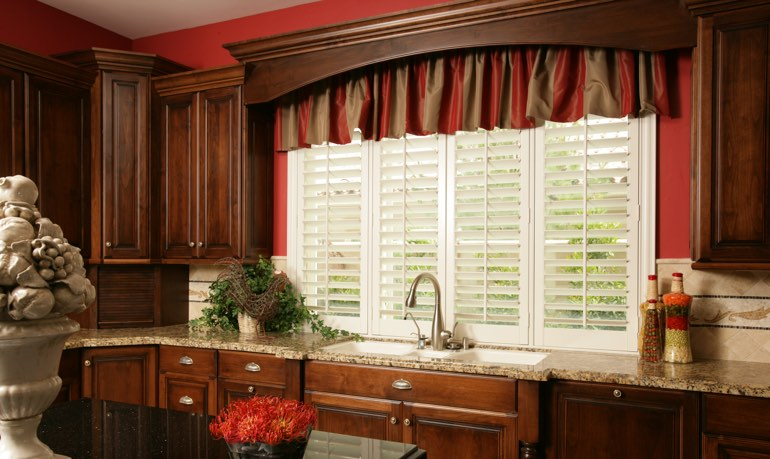 New Brunswick kitchen shutter and cornice valance